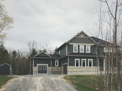Photo for LUXURY 7 BRM, 2 ACRE ESTATE HOME IN CARLETON PLACE, 20 MIN TO KANATA.