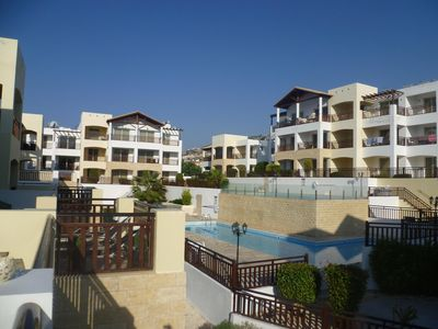 Photo for Luxury 5* 1 bedroom apartment with spacious private balcony, free WiFi & 2 pool