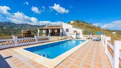 Photo for Holiday home with spacious terrace with pool overlooking the mountains