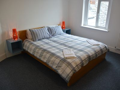 Photo for Loft Style 1BED Apartment with SofaBed and Easy Parking. Penylan, Roath Park