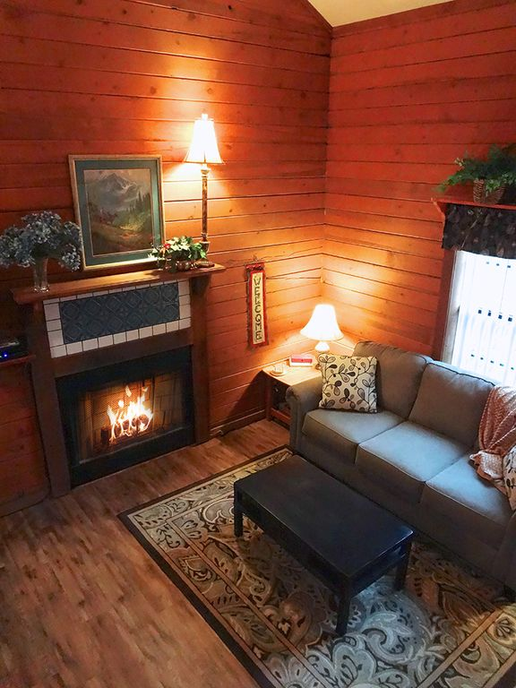 cabin with fireplace. Cozy Cabin with Electric Fireplace Woods Edge Unit 4  No Cleaning Fees VRBO