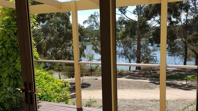 Photo for Lake Views and 700m to Sovereign Hill