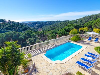 Photo for Club Villamar - Magnificent holiday villa near Lloret de Mar, located only 2700 m away from the b...