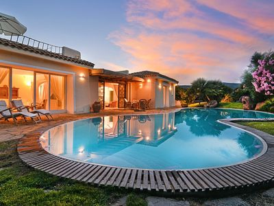 Photo for Magnificent Villa with private pool just 400 meters from the Ancora beach club