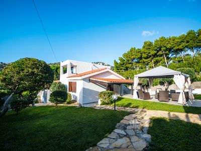 Photo for Exclusive villa with private pool and panoramic suite 70 meters from sea