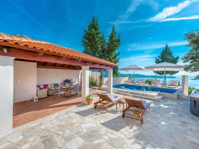 Photo for 3 bedroom Villa, sleeps 6 in Mlini with Pool, Air Con and WiFi