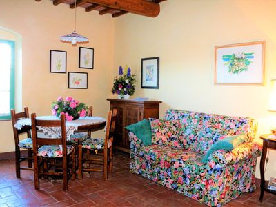Photo for Tramonto Countryhouse in the heart of Tuscany (San Gimignano)