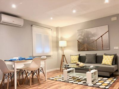 Photo for Apartment Venancio 2 - New, A / C, Wifi, charm, well connected