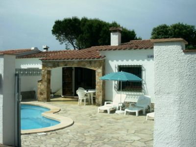 Photo for 3 bedroom holiday villa in quiet residential area with private pool and gardens