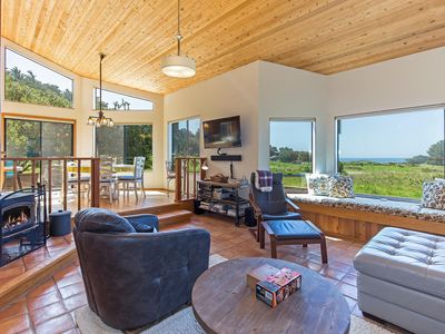 Photo for Private Ocean View House with Private Deck, WiFi, Echo Dot- Casita by the Sea