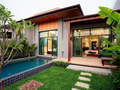 Photo for VD2: Onyx Naiharn 2BR Private Pool - Full kitchen