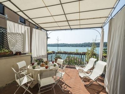 Photo for Lake side apartment in a noble antique palazzo