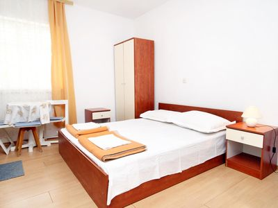 Photo for Studio flat with air-conditioning Tučepi, Makarska (AS-6695-a)