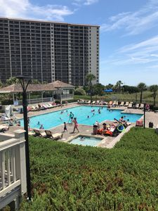 Photo for Family friendly resort at North end of MB. Beautiful 1BR/1.5 BA condo sleeps 5