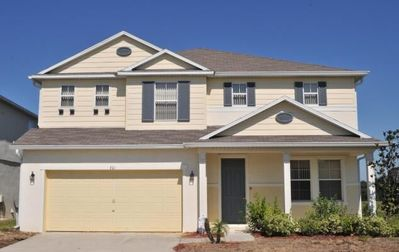 Executive 5 Bed 4 Bath Villa in Legacy Park Davenport Close to the Magic of Disney!
