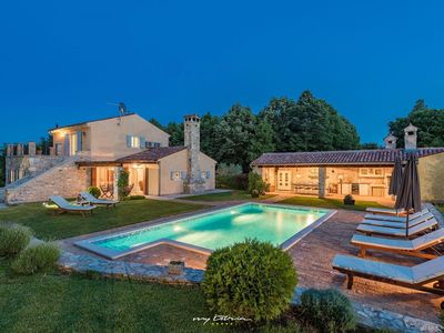 Photo for Charming villa with private pool, big property