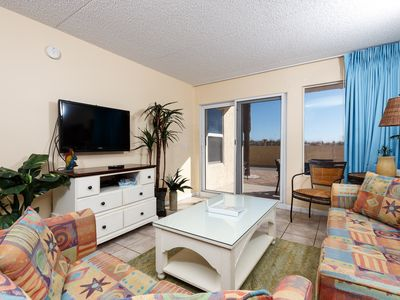"Photo for ""Island Echos 1F"" Beautiful Ground floor unit! Sleeps 9!"