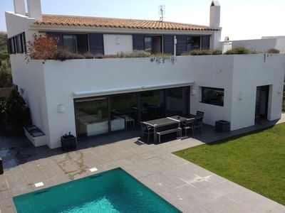 Photo for Quiet villa with pool and near the sea.