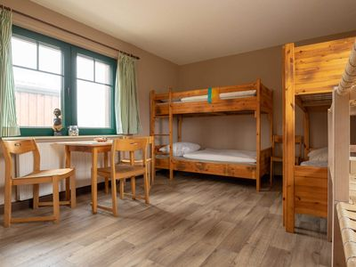 Photo for 6 bed room 1R with 3 bunk beds - Rügen SurfHostel WE12622