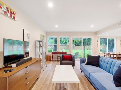 Photo for Beautiful Contemporary Art Home-15 minutes to DT, 5 Minutes to Decker Lake!