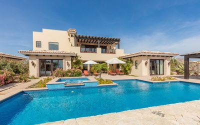 Photo for Lavish Family Paradise! Luxury Villa w/ HUGE Private Pool, Golf Cart, Resort!