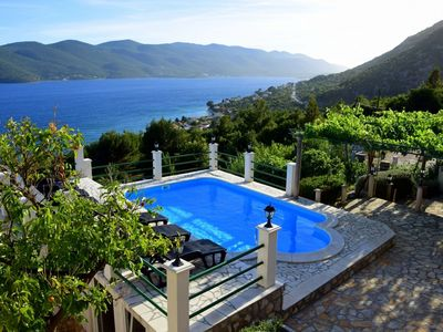 Photo for Stunning private villa for 8 guests with A/C, private pool, WIFI, TV, pets allowed and parking