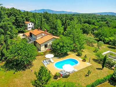 Photo for 2 bedroom Apartment, sleeps 4 in Vinež with Pool, Air Con and WiFi