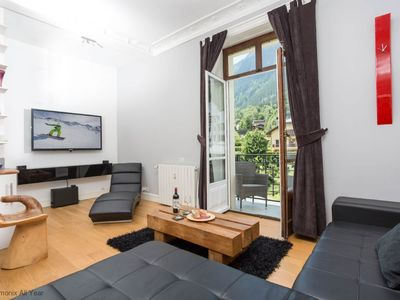 Photo for Le Majestic 40 appt -  an apartment that sleeps 6 guests  in 2 bedrooms