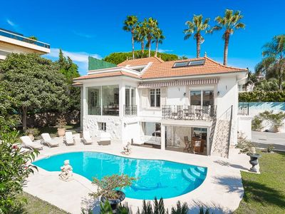 Photo for Fabulous 5 bedroom Cap d'Antibes villa walkable to the beach and restaurants.
