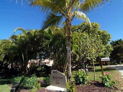 Photo for SANIBEL  luxury ground level home in Chateaux Sur Mer. Heated pool and short walk to beach. PLUS $10