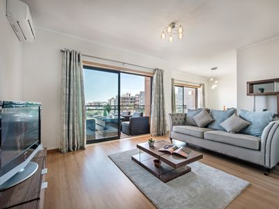 Photo for Apartment Luna | Gorgeous 3 bedroom modern apartment close to Town Centre