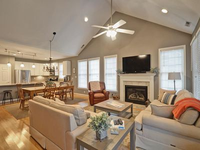 Photo for Beautiful Town Home in Bear Trap Community