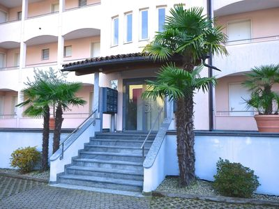 Photo for Apartment in residence in a quiet location with indoor pool, sauna and lawn