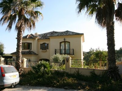 Photo for Luxury large private detached villa with heated pool & games room in quiet area