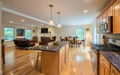 Photo for Modern 3 bedroom family home near Kittery, York, in the Southern Maine area