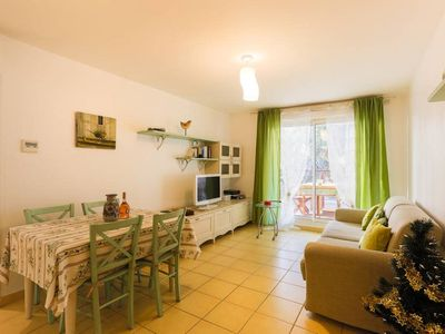 Photo for Nice 1 Bedroom downtown / Carré d'Or with garage
