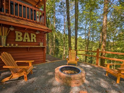 Photo for Ellijay Cottage w/ Porch & Golf Course Views!