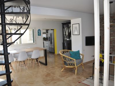 Photo for Air-conditioned friendly house 8 pers. at 1800 m. from the seaside