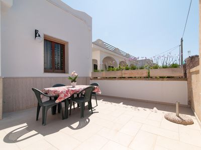 Photo for The Green Sea Small apartment in Torre San Giovanni with WiFi, private parking, private terrace & p…