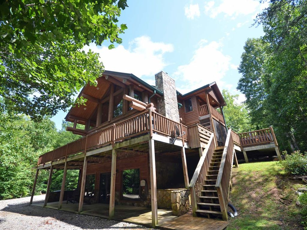 north rent vacation homeaway for sleeps carolina cabins bedroom rental watershed