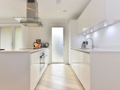 Photo for Apartment The Cube in Hoxton - 4 persons, 2 bedrooms