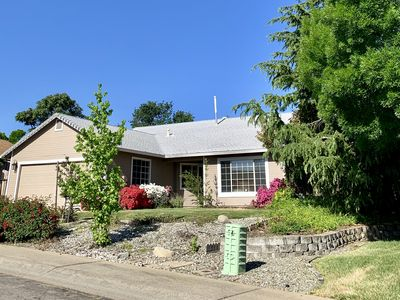 Photo for Beautiful Home Near Bethel! *Brand new listing!