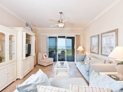 Cinnamon Beach 444 comfortably sleeps eight people. - Sink into the cozy living room sofa, put your feet up and enjoy the ocean views or turn on the HDTV and catch up on your favorite movies and TV shows!