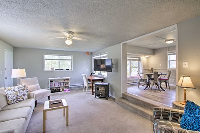 Modern and bright, this 3-bedroom, 1-bath vacation rental is sure to delight.
