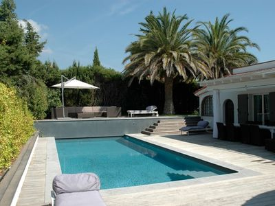 Photo for Unique Charming Villa On Perfect Location 8  pers with heated pool!