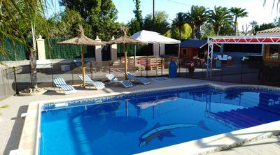 Photo for CHALET ELCHE, PEÑA ÁGUILAS, 10 ROOMS, WIFI, POOL AND FENCED, BARBECUE
