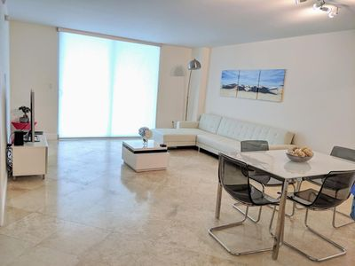 Photo for Fully Renovated One Bedroom Apartment @ The Club