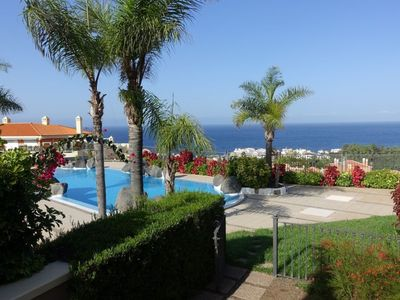Photo for Cozy apartment with sea views, pool and large terrace to the Atlantic
