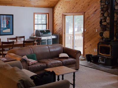 Photo for Mountain Hideaway With Modern Conveniences. Pet-Friendly.