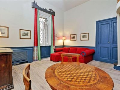 Photo for Spacious Gregoriana apartment in Piazza di Spagna South with WiFi & integrated air conditioning.